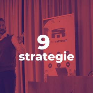 Alessio Arezzi di Staff Millennium durante un evento illustra l'efficacia del web marketing e delle strategie per crescere nel web